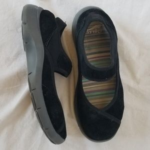 Dansko black velvet slip on mary janes size 38/8